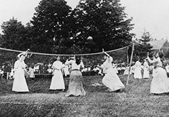1895 Spalding First American Volleyball